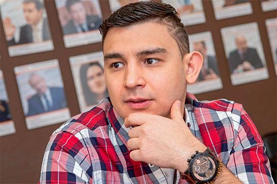 Запретить гастроли татарского юмориста Данира Сабирова требует Всемирный курултай башкир
