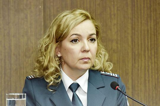 Диана Сагетдинова, почти год возглавлявшая челнинскую налоговую инспекцию вкачестве временно исполняющей обязанности, сегодня была утверждена вдолжности