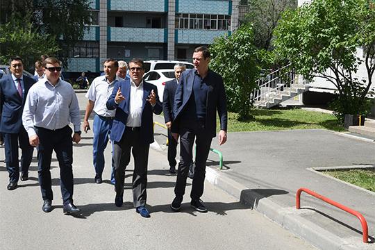 Московские гости побывали еще в четырех точках: в ЖК «ART City», на ул. Большая Красная, 65, ул. Абсалямова 29А и в гимназии № 179