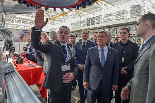 БратьяАртем (слева)иАртур (справа) Когданиныпродали контрольный пакет акций своего казанского бизнеса попроизводству светотехники московской IEK Group