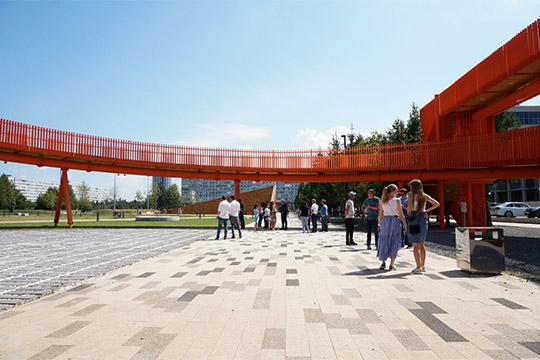 «Площадь Азатлык через некоторое время может составить конкуренцию крупным паркам Челнов. В этой локации хочется делать большие творческие проекты»