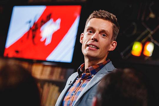 Юрий Дудьвполне способен сместить на оппозиционном небосклоне «подуставшего Навального», который оброс большим количество скандалов