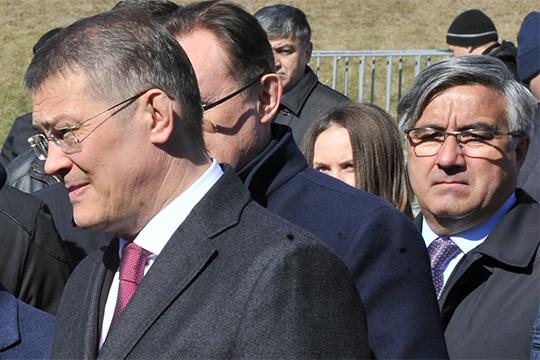 Василь Шайхразиев посетит Уфу, где встретится с местной татарской общественностью. Судя по всему, он заявит о поддержке перед сентябрьским голосованием врио главы РБ Радия Хабирова