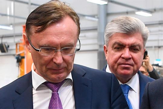 Сергей Когогин (слева) пригрозил изъять у челнинского муниципалитета 190 автобусов нагазовом топливе, которые были проданы ему КАМАЗом полизинговым схемам