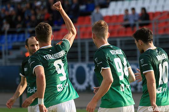 У исторической формы есть и другая мотивация: сейчас КАМАЗ ставит перед собой задачу постепенного возвращения в большой футбол