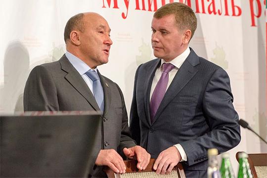 Марат Ахметов сразу настроил Марата Зяббарова на то, что работать в Минсельхозе будет непросто. «Результата своей работы ты не увидишь», — цитируют Ахметова наши источники