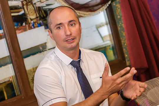 Николай Зотов: «Вбольшей степени мыспециализируемся напомощи детям. Многие болезни кнам переходят отродителей нагенетическом уровне, остальное мыприобретаем сами втечение жизни»
