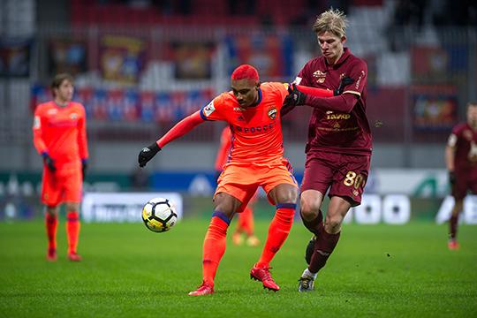 Сейчас не играет Егор Сорокин. Он был единственным игроком в обороне способным сделать проникающую передачу вперед полузащитникам и нападающим