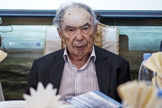«Камо грядеши»: Индус Тагиров о живых и мертвых – языках, государствах и народах