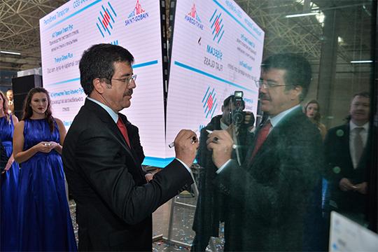Действуют в «Алабуге» два стекольных производства — «Тракья Гласс Рус» и «Аутоматив Гласс Альянс Рус» — турецкого холдинга «Шишеджам»