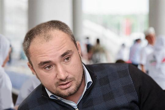 Адвокат Руслан Нагиев, вторя Раиле Асылгараевой, объясняет: никах заключался вовсе не с той целью, чтобы вести половую жизнь, а лишь для того, чтобы Камиля и Расул могли оставаться наедине, гулять вдвоем