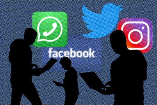 По словам Дурова, в WhatsApp появляются все новые «бэкдоры», которые делают все данные на телефоне уязвимыми для хакеров и государственных учреждений