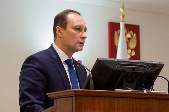 Помнению ректора (СергейЮшко), чаще всего коррупционные риски проявляются напервом курсе, когда бывшие школьники, поступившие ввуз, боятся своих преподавателей