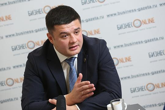 Ринат Касимов: «Поитогам года мыожидаем, что войдем втоп-10, минимум втоп-15 страховщиков республики. Истоит задача наследующий год войти втоп-5 страховщиков Татарстана»