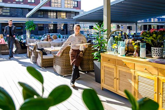 «В ресторанах с официантами раз в 3–5 лет будет меняться только дизайн интерьера и в меньшей степени мебель»