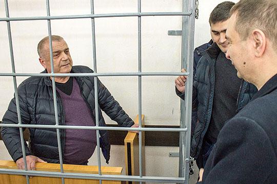 «Сбитые летчики», VIP-пенсионеры инеудачники: кто выбыл изэлиты Татарстана за10лет
