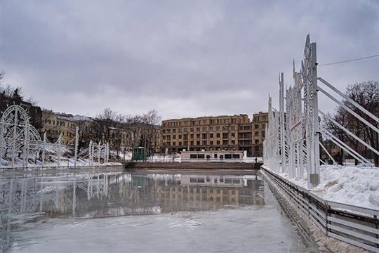 Посоображениям безопасности закрыт выход налед впарке «Черное озеро»
