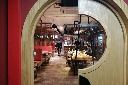 «Сулугуни»: первый ресторан-сыроварня Казани сосмелыми заявлениями олучших хачапури