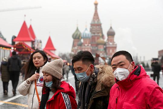 Только за2019 год спрос наМоскву среди китайских туристов вырос на54%. Но, начиная с28января, когда китайских сторона ограничила передвижение своих граждан, организованный поток вРоссию прекратился