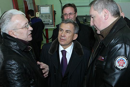 Важным событием прошедшего десятилетия для промышленности Татарстана стало создание концерна «Радиоэлектронные технологии», гендиректором которого стал Николай Колесов (слева)