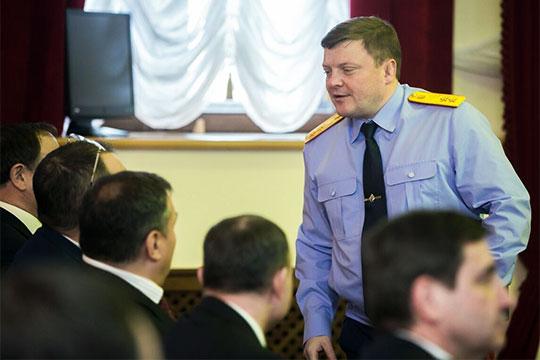Как сообщило несколько независимых друг от друга источников «БИЗНЕС Online»ПавелНиколаевпродлил свои полномочия еще на год – но уже с приставкой «и.о.»