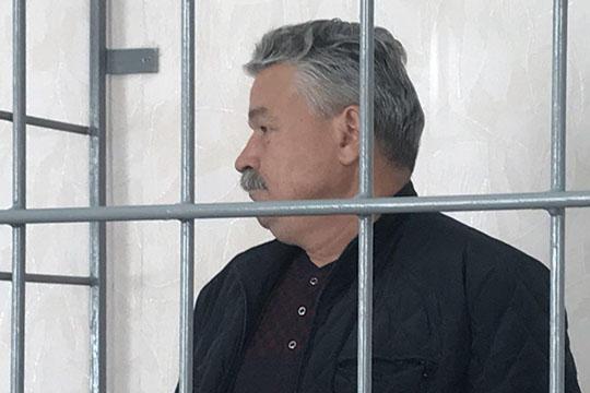 Второй раз за полгода оказался в ИВС Фагим Ильясов, который, по версии СКР по РТ,незаконно задним числом получил выписки на право собственности на несколько земельных участков