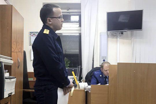 Следователь Ильнар Гайнуллинвозбудил в отношении Ильясова еще два уголовных дела о мошенничестве, теперь уже просто в крупном размере