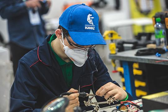 «Инвестиции будут направлены наважнейший инвестиционный проект ПАО«КАМАЗ»—«Развитие модельного ряда автомобилей КАМАЗ имодернизация производственных мощностей для его производства»
