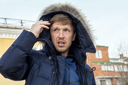 Олег Кузьмин заявил оконтракте с«Рубином» иопять наехал на«БИЗНЕС Online»