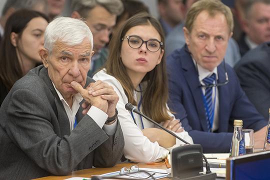 Николай Осипов считает, чтосамый безопасный вертолет вмире— Ми-8Т, который восновном ивыбивается изстроя предлагаемой инициативой