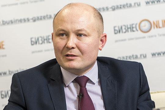 «Более 400 учителей татарского прошли переподготовку. Они преподают ИЗО, музыку»