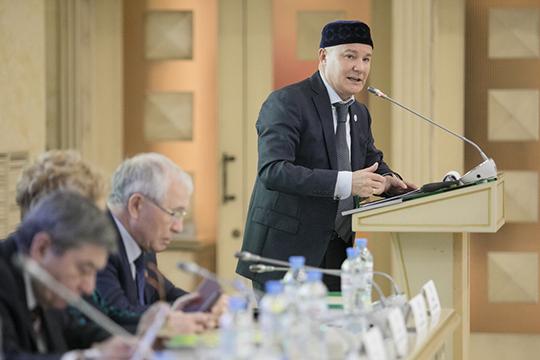 Углавы автономии татар МосквыФарита Фарисовахватает недоброжелателей