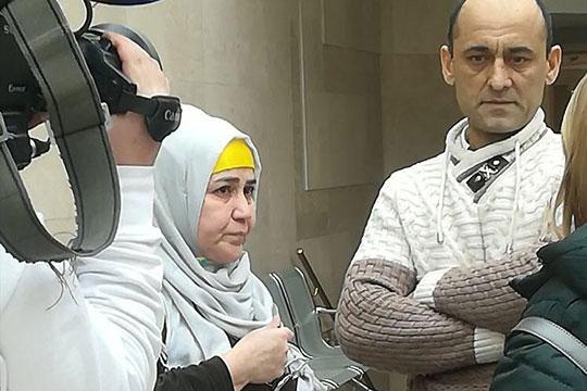 Глава семейства Ахмад Мусоев рассказал, что в роковой вечер ему позвонили из РКБ, сообщив ужасную новость — сын доставлен в больницу в тяжелом состоянии