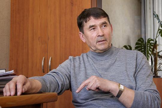 Фаниль Салихов: «Японимаю, стыдноприглашать артистов втакой устаревший зал»