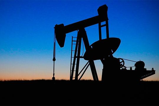 «Цена на нефть опять показывает рост. Уровень $70 за баррель вполне себе ничего, позволяет накапливать средства»