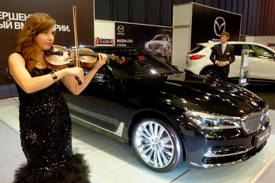 Непобедимый BMW, немецкий конкурент Tesla ипарочка Maserati сBentleyвпридачу