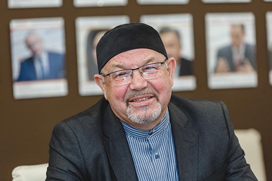 Рафик Мухаметшин: «Сейчас поРоссии 8 тысяч мечетей, изних более 3 тысяч— исконно татарские. Это есть реальный институт, где можно совершенно законно преподавать непросто основы религии, ноитатарский язык»