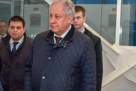 Серьезно — сразу на 7 позиций — поднялся в рейтинге директор Казанского авиазавода — филиала ПАО «Туполев» (КАЗ) Николай Савицких (9)
