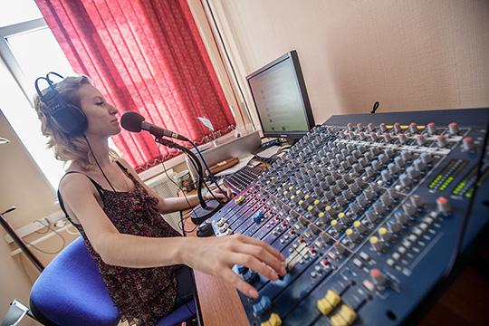 29мая Роскомнадзор выставит на конкурсразрешение навещание вКазани сиспользованием радиочастоты95,5 МГц, 0,5 кВт, пункт установки передатчика— Печищи