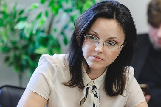 Светлана Ярлыченко отмечает, что теперь, когда договоры сучастниками рынка заключают неуправляющие компании, аединая организация, мусор больше несваливается где попало, авывозится исключительно наобъекты обработки