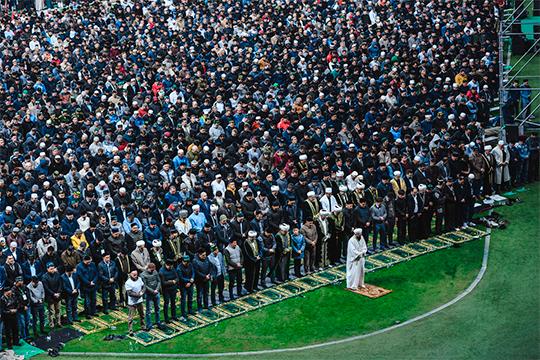 «Авыз ачу на 15 тысяч человек выполняет функцию объединения людей и, я думаю, что он, как и Сабантуй, скоро станет узнаваемым, а пример Казани и Татарстана будут перенимать и другие регионы»
