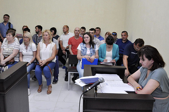 Журналистов попросили покинуть зал, ноизаседание витоге было отложено до9июля: судья непоняла, кто витоге отвечает заПодсолнухи, Челны или Тукаевский район