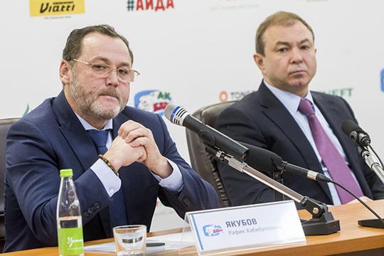 Одним из проводников реформ в «Ак Барсе» должен быть генеральный менеджер Рафик Якубов.На фоне роста влияния генменеджера свои позиции чуть сдал директор клуба — Шамил Хуснутдинов