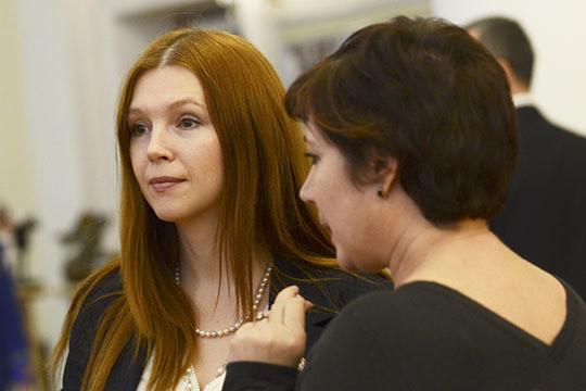 Вкачестве секретаря Совета покультуре иискусству предложена кандидатураОлеси Балтусовой (слева)