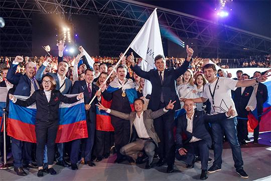 Чтобы избежать поражения, Казани пришлось экстренно усиливать команду — к проекту присоединился министр спорта Татарстана Владимир Леонов