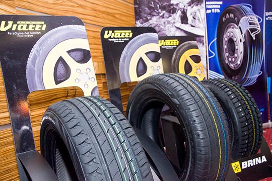 «Генеральный директор «Татнефти» тоже ездит на шинах Viatti и «Кама». На джипах у нас стоят наши шины. Наверное, у меня и моих коллег есть возможность купить любые… Но ездим на своих»