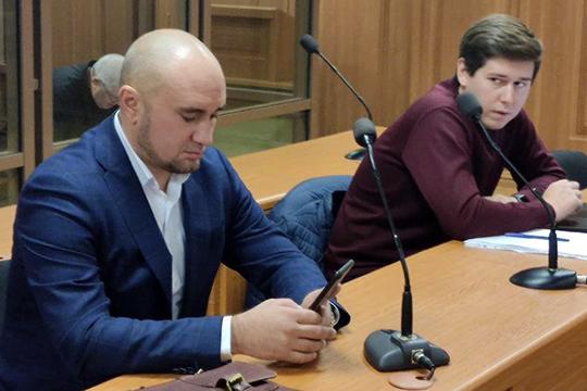 Представитель Садыковой, известный казанский адвокат Руслан Нагиев (слева) заявил, что его клиент пока не обращался к Раимджанову с гражданским иском