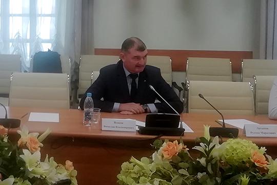 По словам Вячеслава Власова, на достройку дома не хватает еще 12 млн рублей