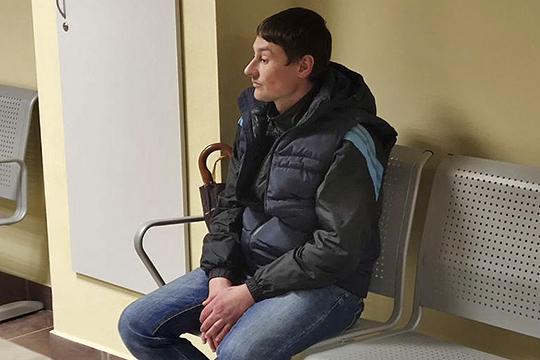 Вячеслав Кексель должен был проследить, чтобы к дому не приближались посторонние