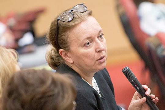 Татьяна Прокофьева полагает, чтовцелом сеть кварталов, предложенная Скуратовым, выглядела гораздо привлекательнее. Удачным решением, способным придать территории уникальность, могла стать предложенная имсистема широкого бульвара
